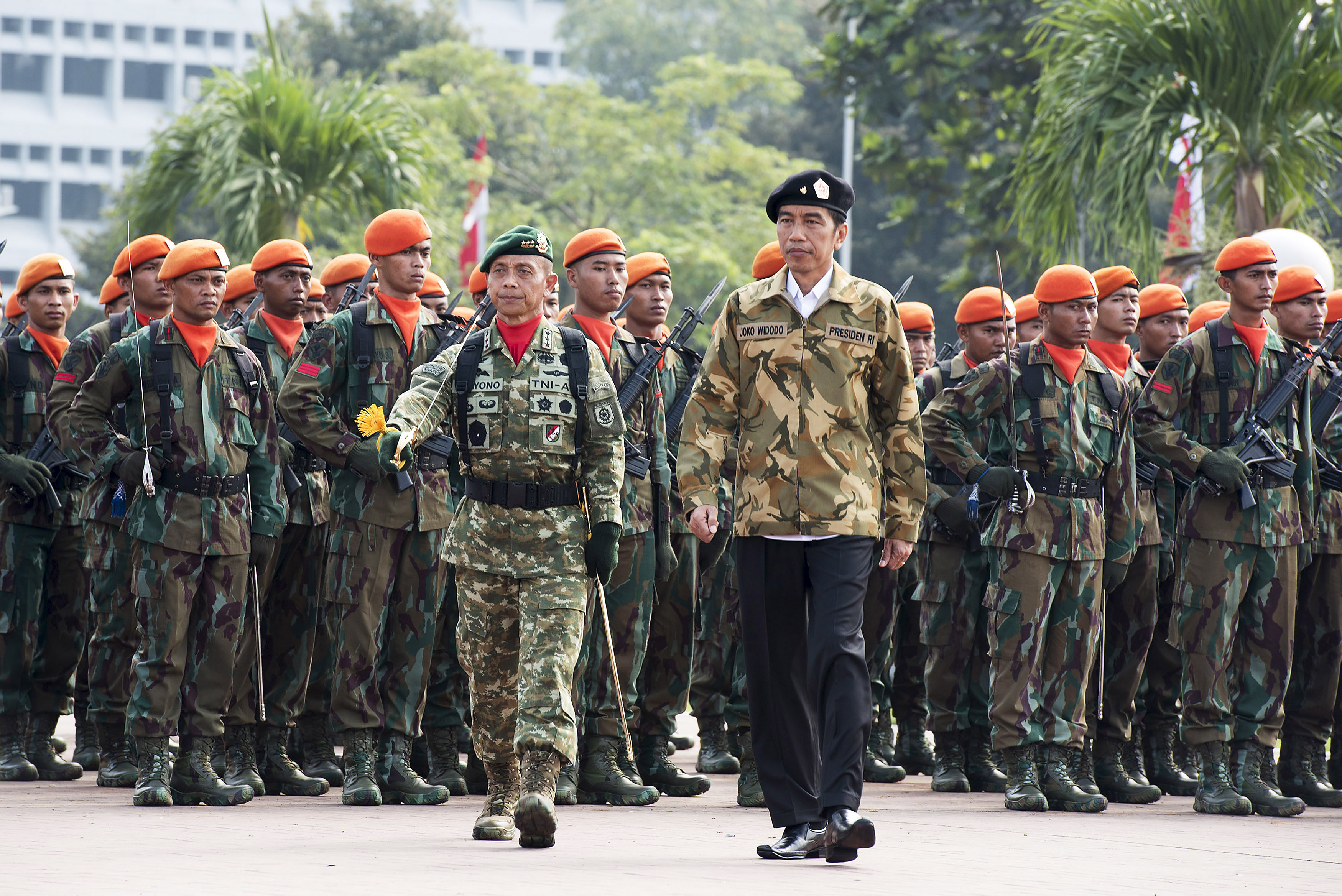 Indonesia's new 'civilian President' with the Indonesian military